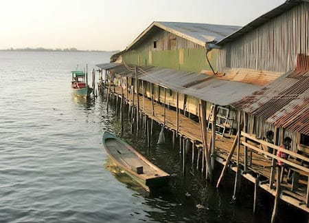 old fishing village in the sea, kong island
